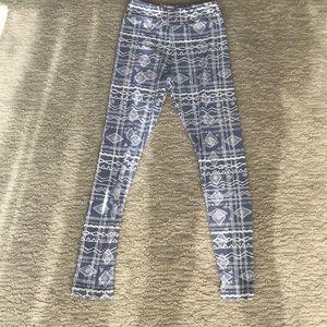 Lularoe TWEEN leggings.
